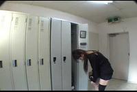 SNS-224 社内●撮 更衣室に仕掛けられた2台の●撮カメラの着替え映像 ②
